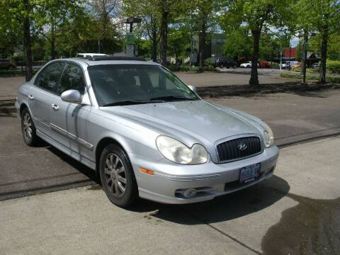 2004 Hyundai Sonata for sale at D & M Auto Sales in Corvallis OR