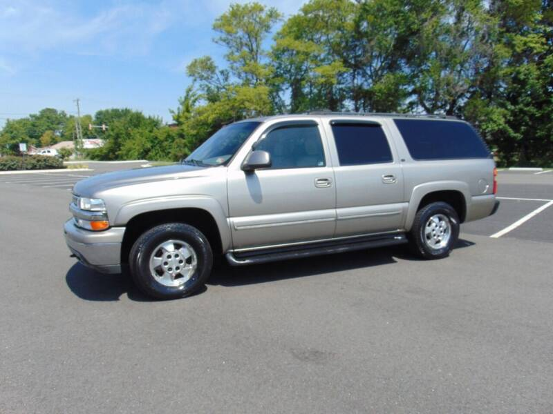 2002 Chevrolet Suburban for sale at CR Garland Auto Sales in Fredericksburg VA
