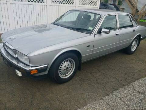 1989 Jaguar XJ6 for sale at Haggle Me Classics in Hobart IN