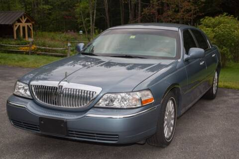 2004 Lincoln Town Car for sale at Essex Motorsport, LLC in Essex Junction VT