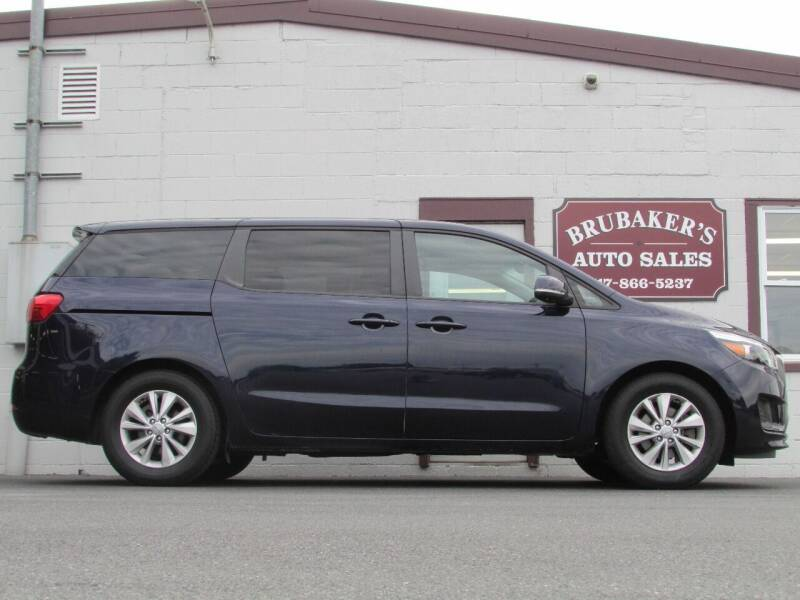 2018 Kia Sedona for sale at Brubakers Auto Sales in Myerstown PA