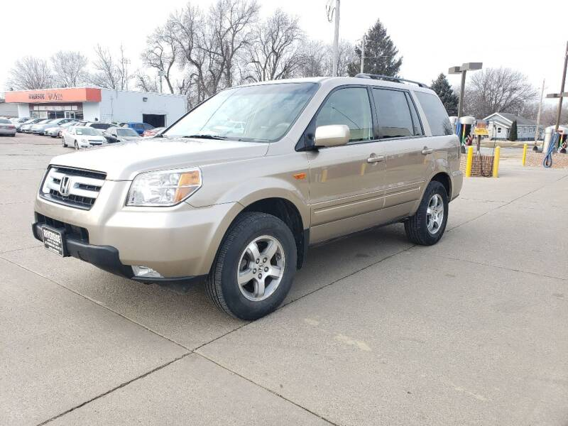 2006 Honda Pilot for sale at RIVERSIDE AUTO SALES in Sioux City IA