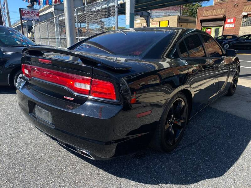 2014 Dodge Charger R/T 4dr Sedan - Philladelphia PA