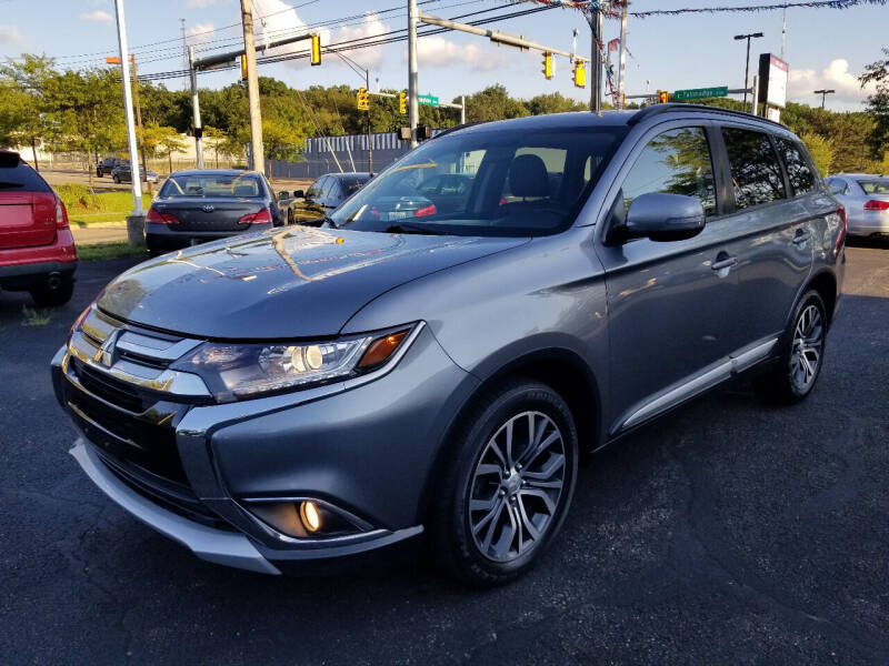 2016 Mitsubishi Outlander for sale at Cedar Auto Group LLC in Akron OH