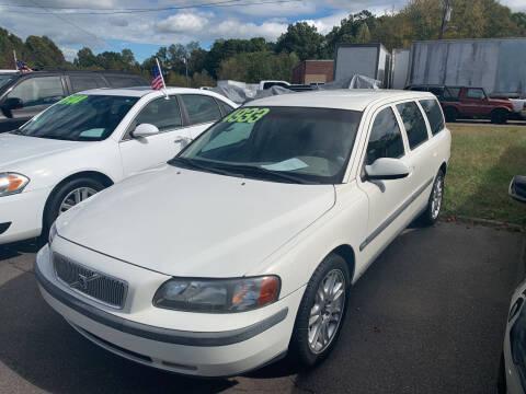 2001 Volvo V70 for sale at Wheel'n & Deal'n in Lenoir NC