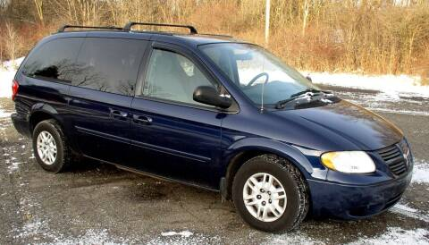 2005 Dodge Grand Caravan for sale at Angelo's Auto Sales in Lowellville OH