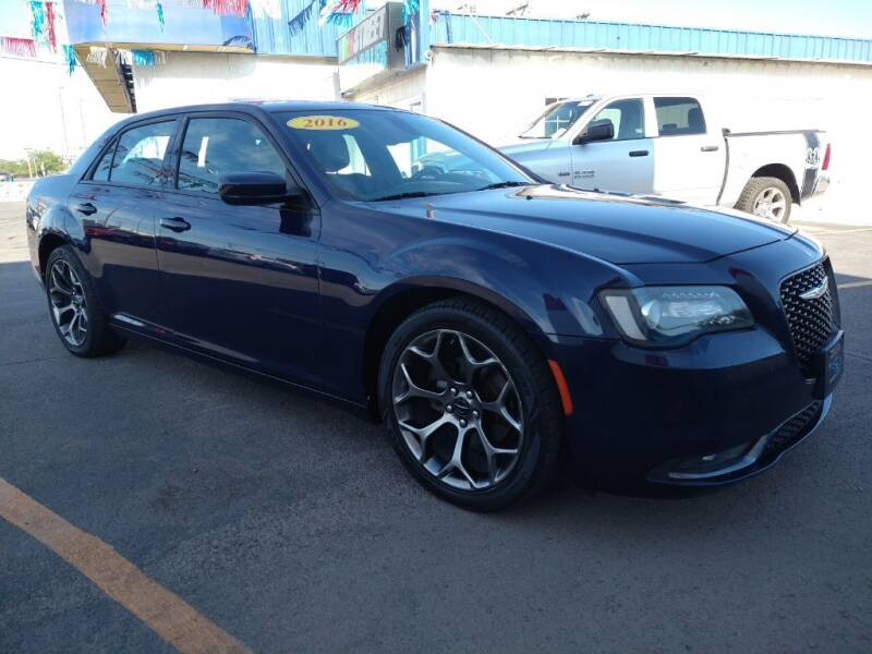 2015 Chrysler 300 for sale at VIVASTREET AUTO SALES LLC - VivaStreet Auto Sales in Socorro TX