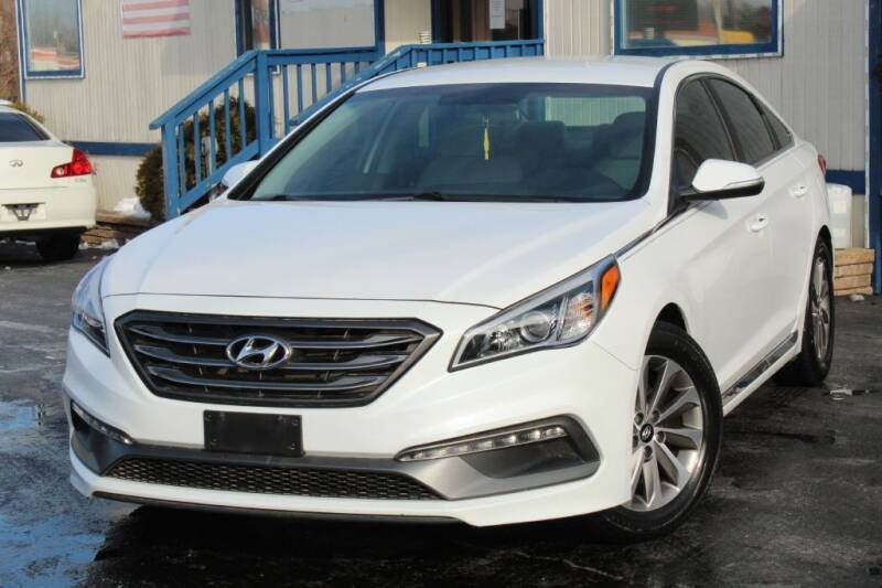 2015 Hyundai Sonata for sale at Dynamics Auto Sale in Highland IN
