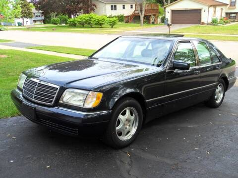 1999 Mercedes-Benz S-Class for sale at GLOBAL AUTOMOTIVE in Gages Lake IL