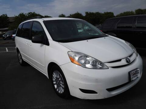 2010 Toyota Sienna for sale at Auto Solution in San Antonio TX
