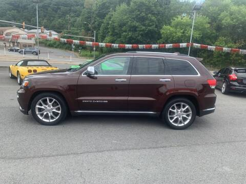 2015 Jeep Grand Cherokee for sale at Mulligan's Auto Exchange LLC in Paxinos PA
