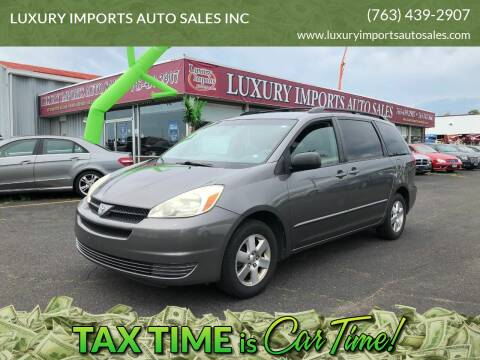 2004 Toyota Sienna for sale at LUXURY IMPORTS AUTO SALES INC in North Branch MN