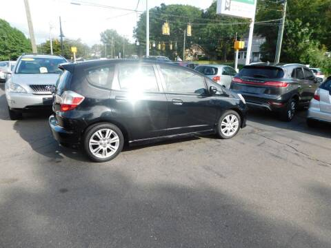 2009 Honda Fit for sale at CAR CORNER RETAIL SALES in Manchester CT