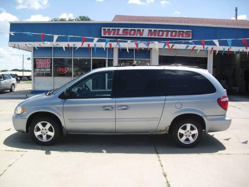 2005 Dodge Grand Caravan for sale at Wilson Motors in Junction City KS