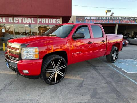 2011 Chevrolet Silverado 1500 for sale at Sanmiguel Motors in South Gate CA