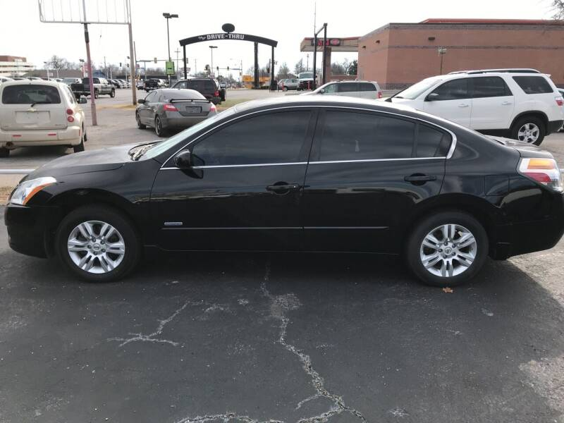 2010 Nissan Altima Hybrid for sale at MADISON MOTORS in Bethany OK