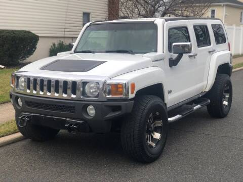 2006 HUMMER H3 for sale at MAGIC AUTO SALES in Little Ferry NJ