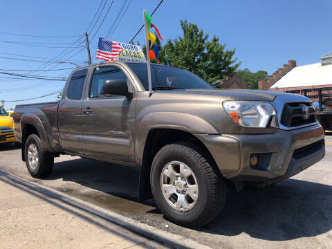 2014 Toyota Tacoma for sale at Deleon Mich Auto Sales in Yonkers NY