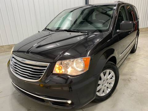 2014 Chrysler Town and Country for sale at EUROPEAN AUTOHAUS, LLC in Holland MI