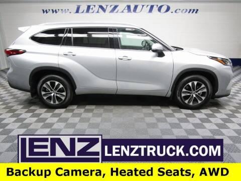 2021 Toyota Highlander for sale at LENZ TRUCK CENTER in Fond Du Lac WI