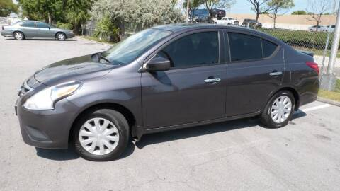 2015 Nissan Versa for sale at Quality Motors Truck Center in Miami FL