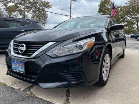 2017 Nissan Altima for sale at AUTORAMA SALES INC. in Farmingdale NY