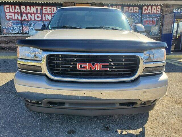 2006 GMC Yukon for sale at R Tony Auto Sales in Clinton Township MI