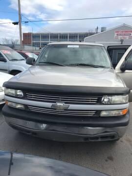 2002 Chevrolet Silverado 1500 for sale at Rod's Automotive in Cincinnati OH