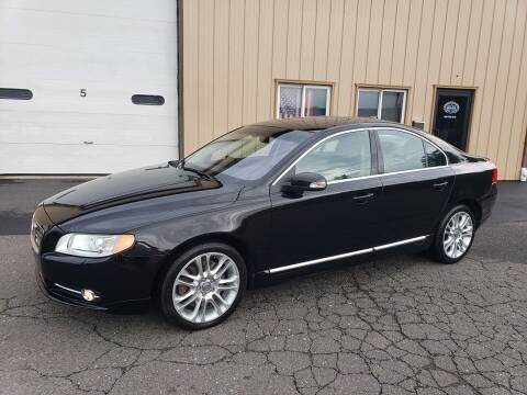 2008 Volvo S80 for sale at Massirio Enterprises in Middletown CT