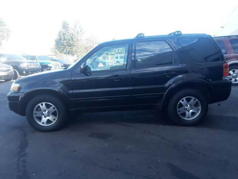 2005 Ford Escape for sale at M & M Auto Brokers in Chantilly VA