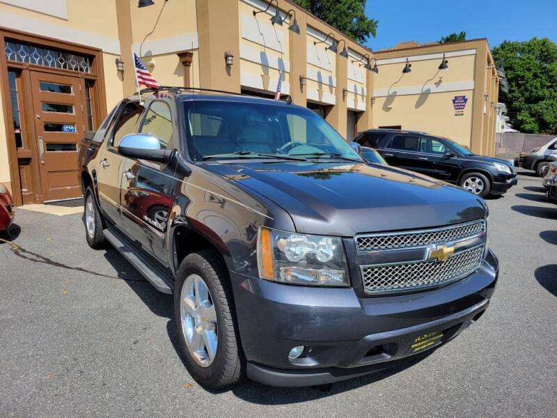 2011 Chevrolet Avalanche for sale at ACS Preowned Auto in Lansdowne PA