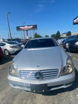 2006 Mercedes-Benz CLS for sale at Washington Auto Group in Waukegan IL