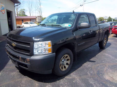 2009 Chevrolet Silverado 1500 for sale at Brian's Sales and Service in Rochester NY