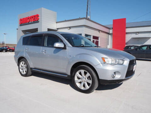 2011 Mitsubishi Outlander for sale at SIMOTES MOTORS in Minooka IL