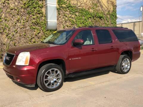 2008 GMC Yukon XL for sale at El Tucanazo Auto Sales in Grand Island NE