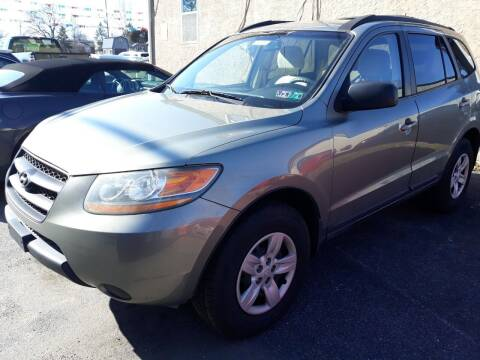 2009 Hyundai Santa Fe for sale at GALANTE AUTO SALES LLC in Aston PA