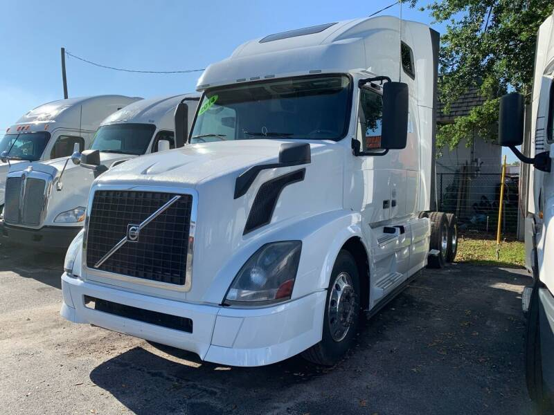 2014 Volvo VNL for sale at The Auto Market Sales & Services Inc. in Orlando FL
