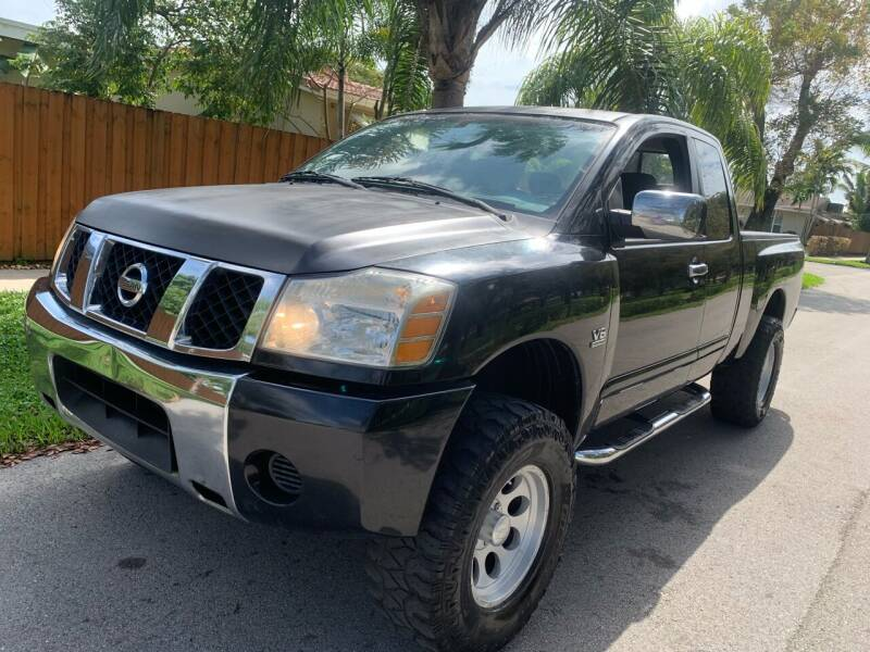 2004 Nissan Titan for sale at FINANCIAL CLAIMS & SERVICING INC in Hollywood FL
