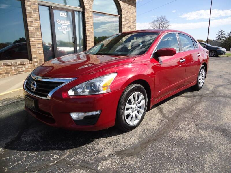 2014 Nissan Altima for sale at VON GLAHN AUTO SALES in Platteville WI