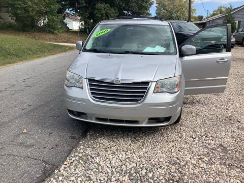 2009 Chrysler Town and Country for sale at Moose Motors in Morganton NC