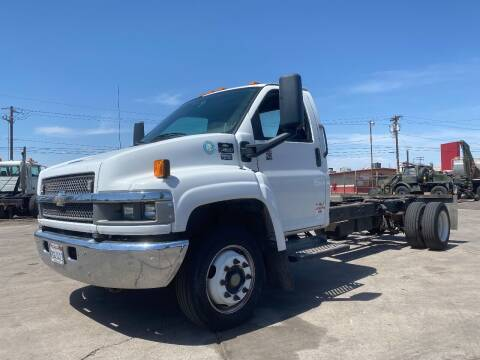 2005 Chevrolet C4500 for sale at Ray and Bob's Truck & Trailer Sales LLC in Phoenix AZ