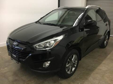 2014 Hyundai Tucson for sale at CHAGRIN VALLEY AUTO BROKERS INC in Cleveland OH