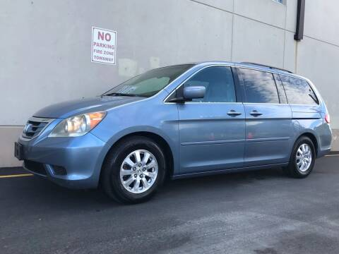 2009 Honda Odyssey for sale at International Auto Sales in Hasbrouck Heights NJ