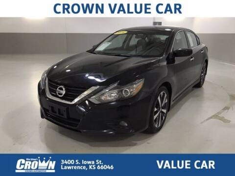 2016 Nissan Altima for sale at Crown Automotive of Lawrence Kansas in Lawrence KS