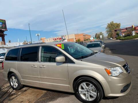 2013 Dodge Grand Caravan for sale at Sanaa Auto Sales LLC in Denver CO