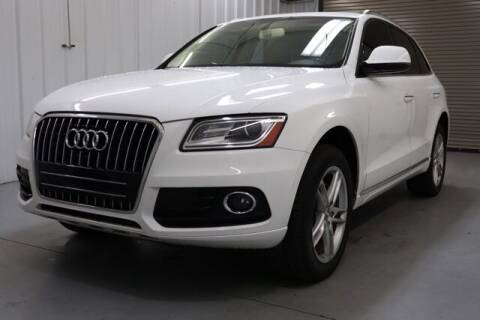 2017 Audi Q5 for sale at JOE BULLARD USED CARS in Mobile AL
