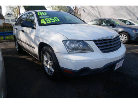 2006 Chrysler Pacifica for sale at M & R Auto Sales INC. in North Plainfield NJ