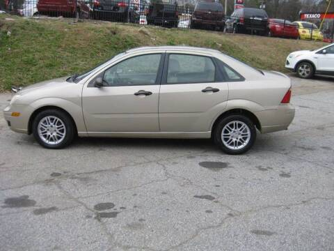 2007 Ford Focus for sale at LAKE CITY AUTO SALES in Forest Park GA