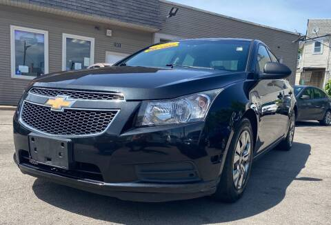 2012 Chevrolet Cruze for sale at Global Auto Finance & Lease INC in Maywood IL