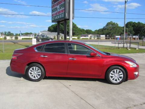 2015 Nissan Altima for sale at Checkered Flag Auto Sales NORTH in Lakeland FL